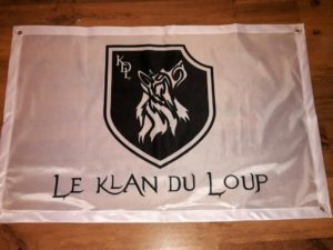 Drapeau blanc Le Klan du Loup
