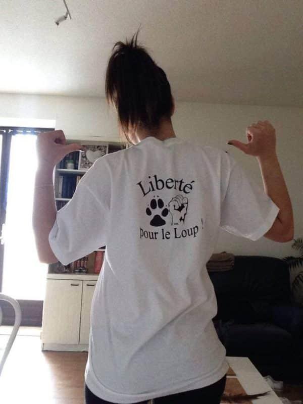 T-shirt blanc Femme Liberté pour le Loup !