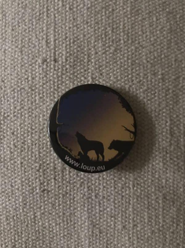 badge-loup-hurlant